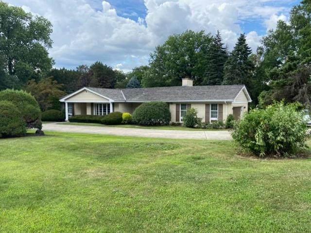 4 Royal Vale Drive, Oak Brook, IL 60523 (MLS #10835510) :: Century 21 Affiliated