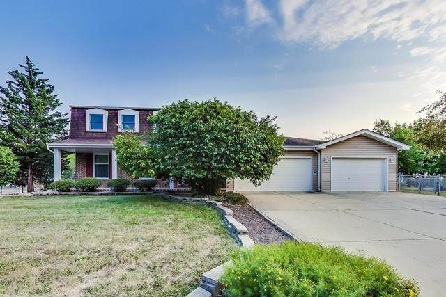 1594 Groton Lane, Wheaton, IL 60189 (MLS #10835721) :: John Lyons Real Estate