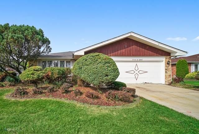 7218 Summit Road, Darien, IL 60561 (MLS #10836081) :: Helen Oliveri Real Estate