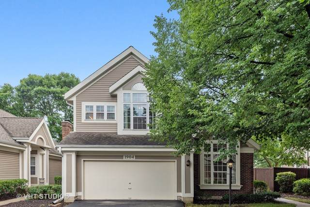 1904 N Windham Court, Arlington Heights, IL 60004 (MLS #10836533) :: John Lyons Real Estate