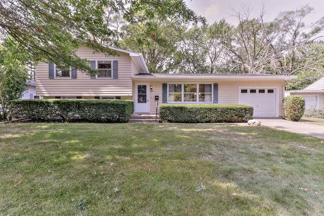 1505 Cambridge Drive, Champaign, IL 61821 (MLS #10839081) :: Littlefield Group