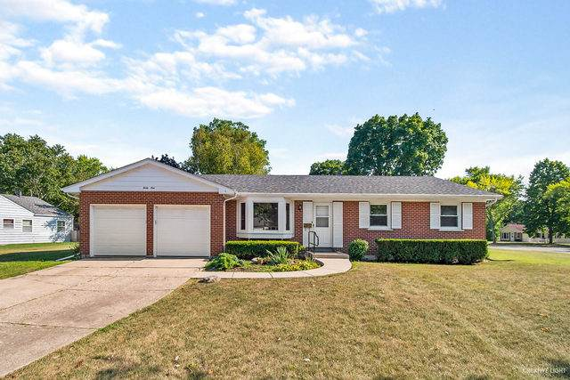 39 Fernwood Road, Montgomery, IL 60538 (MLS #10839191) :: The Wexler Group at Keller Williams Preferred Realty