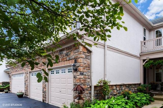 395 W Shadow Creek Drive, Vernon Hills, IL 60061 (MLS #10839601) :: John Lyons Real Estate