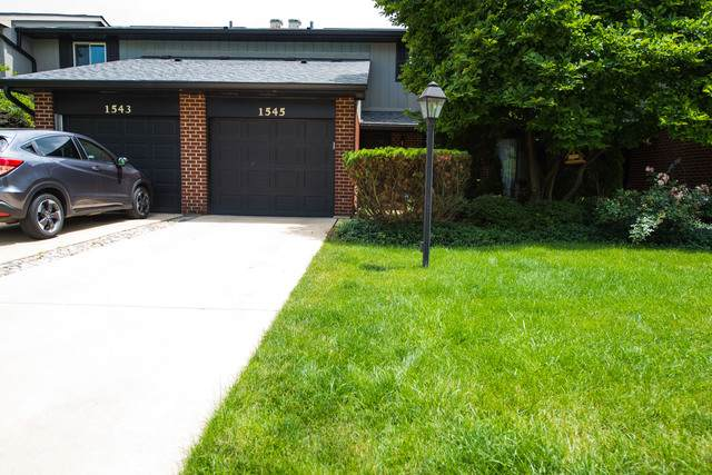 1545 Blackburn Street #1545, Wheaton, IL 60187 (MLS #10840082) :: John Lyons Real Estate