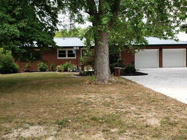 1679 N Cr 2200 E, ST. JOSEPH, IL 61873 (MLS #10842432) :: Littlefield Group