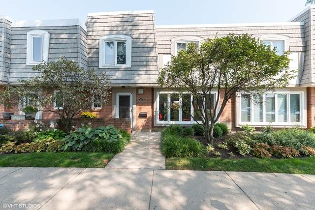 1455 St Tropez Court, Highland Park, IL 60035 (MLS #10842676) :: Littlefield Group