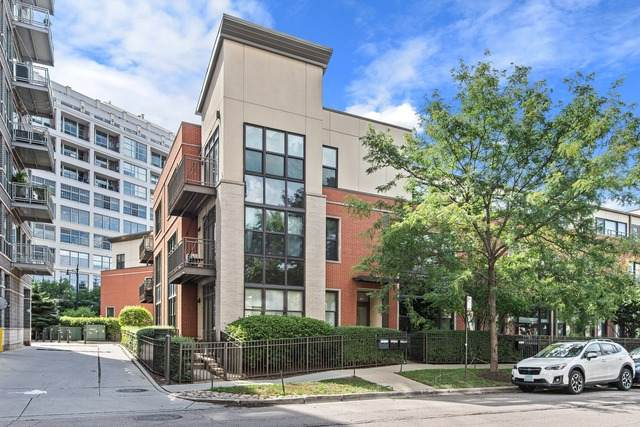 906 N Larrabee Street C, Chicago, IL 60610 (MLS #10842798) :: John Lyons Real Estate
