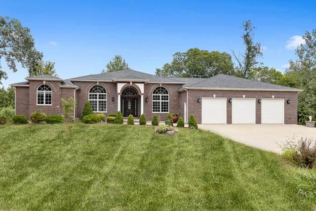 28 E Lexington Circle, Yorkville, IL 60560 (MLS #10845550) :: John Lyons Real Estate