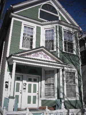 1438 Barry Avenue - Photo 1