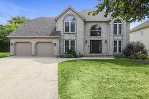 1025 Hidden Creek Court, Vernon Hills, IL 60061 (MLS #10846663) :: John Lyons Real Estate