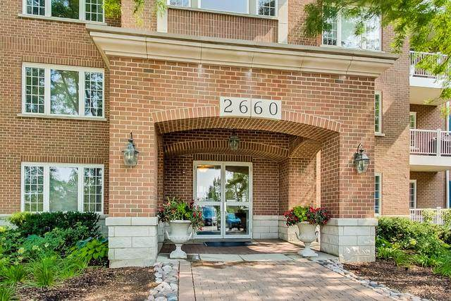 2660 Summit Drive #107, Glenview, IL 60025 (MLS #10847659) :: John Lyons Real Estate