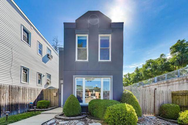 1801 N Francisco Avenue, Chicago, IL 60647 (MLS #10847810) :: The Wexler Group at Keller Williams Preferred Realty