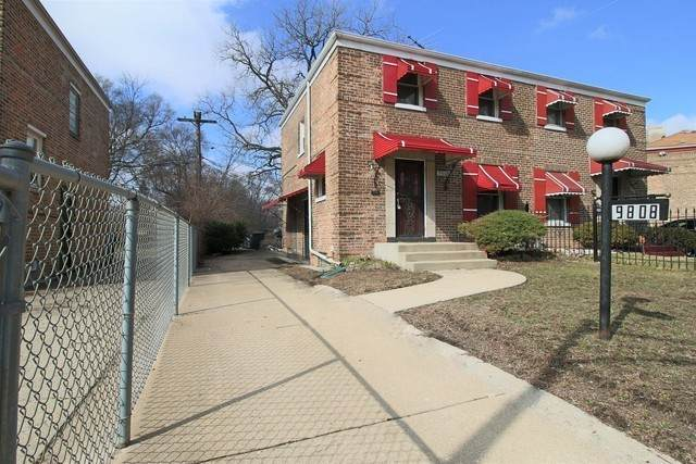 9808 S Clyde Avenue, Chicago, IL 60617 (MLS #10848052) :: John Lyons Real Estate
