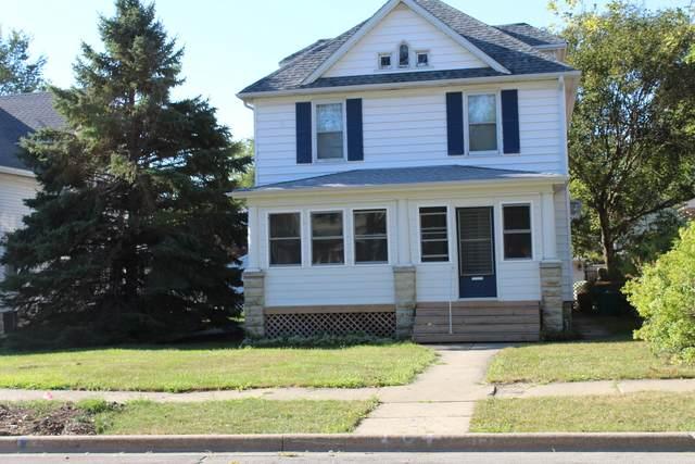 816 Glenwood Avenue, Joliet, IL 60435 (MLS #10848466) :: Lewke Partners