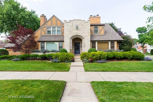 6200 N Lenox Avenue, Chicago, IL 60646 (MLS #10848778) :: BN Homes Group