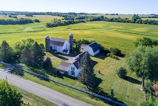 14266 Berglund Road, Pecatonica, IL 61063 (MLS #10849188) :: Helen Oliveri Real Estate
