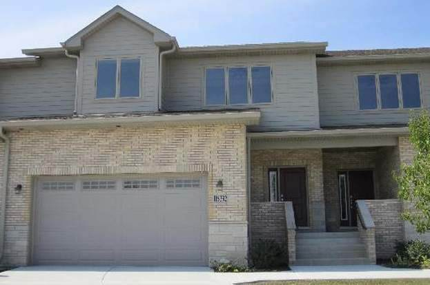 11S332 Deer Trail Court - Photo 1