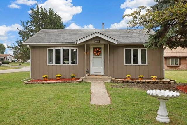 802 W Washington Street, Bensenville, IL 60106 (MLS #10849721) :: John Lyons Real Estate