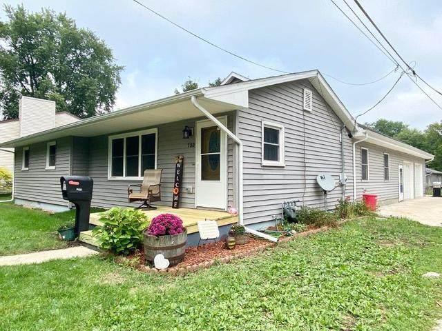 750 S Locust Street, Pontiac, IL 61764 (MLS #10852170) :: John Lyons Real Estate