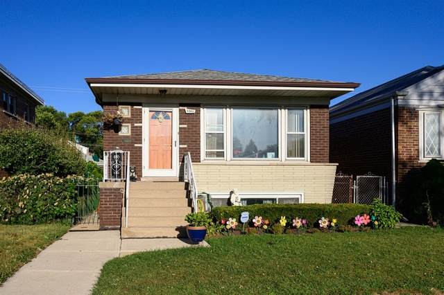 5345 S Kenneth Avenue, Chicago, IL 60632 (MLS #10852389) :: John Lyons Real Estate