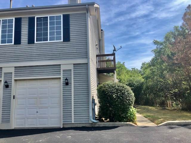9 Windsor Circle D, South Elgin, IL 60177 (MLS #10852404) :: John Lyons Real Estate