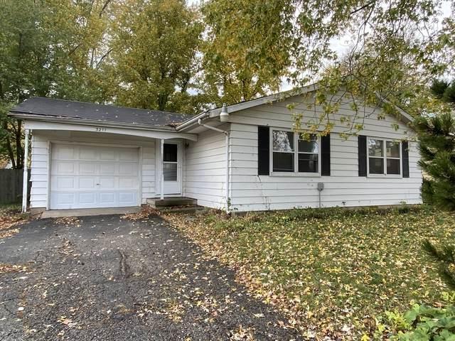 3211 W John Street, Champaign, IL 61821 (MLS #10852813) :: John Lyons Real Estate