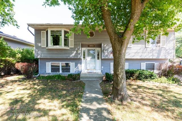 6608 Wander Way, Cary, IL 60013 (MLS #10852992) :: Property Consultants Realty