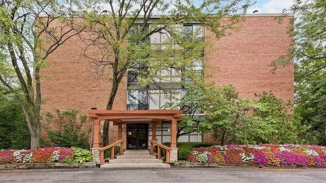 1833 Four Lakes Avenue 4A, Lisle, IL 60532 (MLS #10853165) :: John Lyons Real Estate