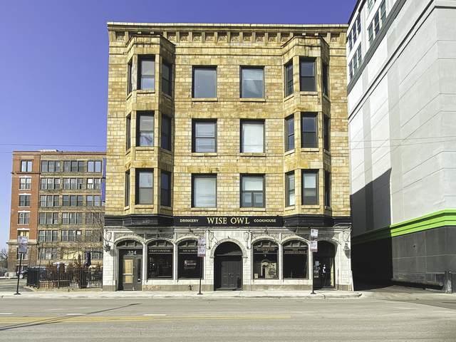 324 Racine Avenue - Photo 1