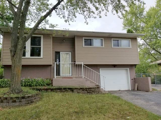 24 W Green Meadows Boulevard, Streamwood, IL 60107 (MLS #10854988) :: Schoon Family Group