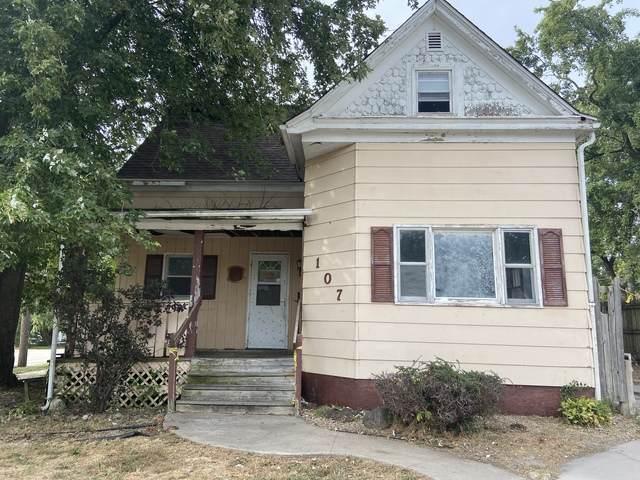 107 W Main Street, HEYWORTH, IL 61745 (MLS #10855419) :: BN Homes Group