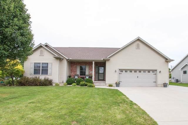 1621 W Meadowlark Drive, Pontiac, IL 61764 (MLS #10855479) :: Suburban Life Realty