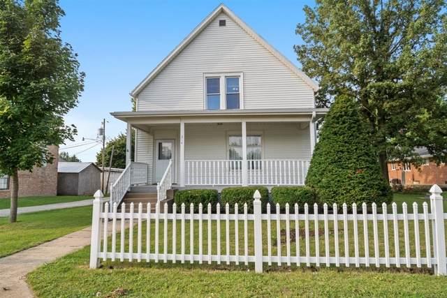 214 E Main Street, HEYWORTH, IL 61745 (MLS #10856128) :: BN Homes Group