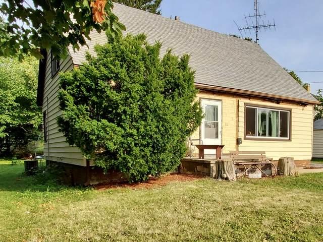 204 N Cherry Avenue, Polo, IL 61064 (MLS #10856542) :: BN Homes Group