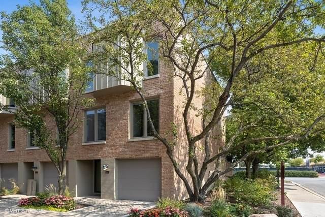 100 Frank Lloyd Wright Lane, Oak Park, IL 60302 (MLS #10856574) :: Jacqui Miller Homes
