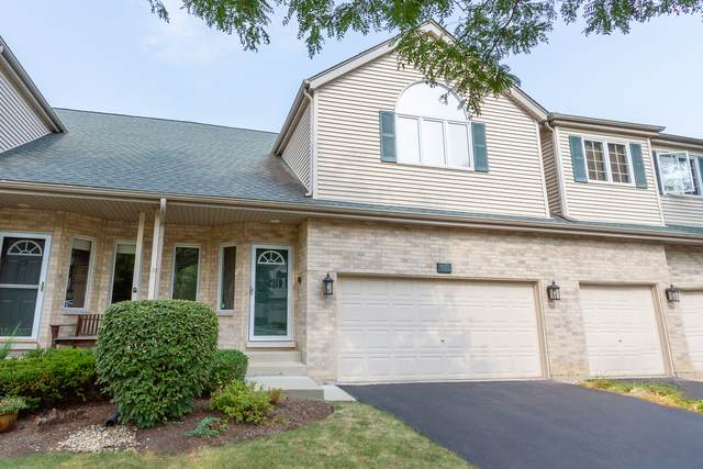 613 Charlemagne Circle, Roselle, IL 60172 (MLS #10857038) :: John Lyons Real Estate