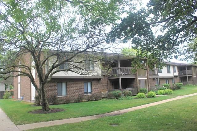 561 Somerset Lane #6, Crystal Lake, IL 60014 (MLS #10857622) :: John Lyons Real Estate