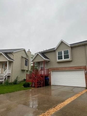 38 Vermont Avenue, Bloomington, IL 61701 (MLS #10857945) :: John Lyons Real Estate
