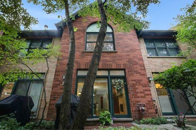 2743 N Wolcott Avenue #42, Chicago, IL 60614 (MLS #10858353) :: Littlefield Group