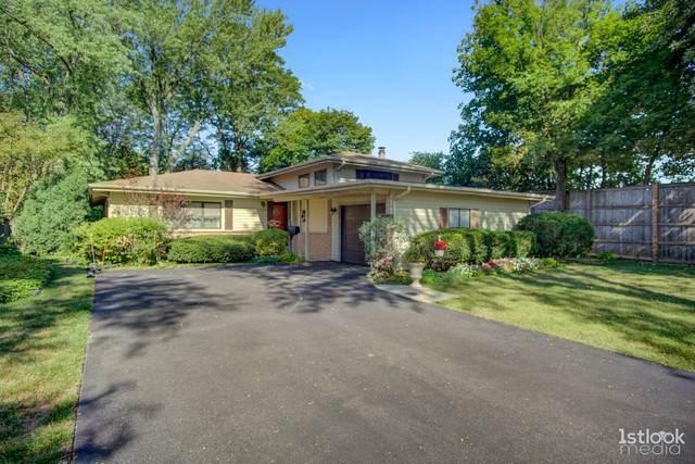 1348 Pinehurst Drive, Glenview, IL 60025 (MLS #10860185) :: John Lyons Real Estate