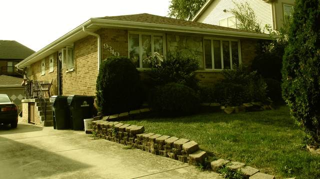 9340 S 81st Court, Hickory Hills, IL 60457 (MLS #10860432) :: Property Consultants Realty