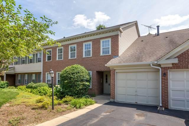1602 Stratford Court C2, Wheeling, IL 60090 (MLS #10860881) :: John Lyons Real Estate
