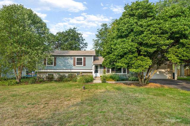 0N556 Herrick Drive, Wheaton, IL 60187 (MLS #10860945) :: Ryan Dallas Real Estate