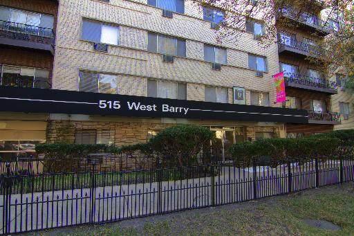 515 Barry Avenue - Photo 1