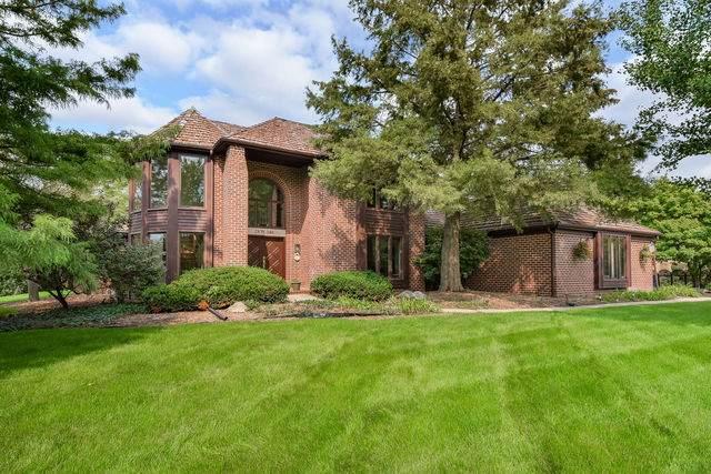 28W340 Flanders Lane, Winfield, IL 60190 (MLS #10861351) :: John Lyons Real Estate