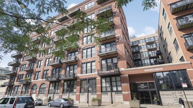 226 N Clinton Street #107, Chicago, IL 60661 (MLS #10861363) :: The Wexler Group at Keller Williams Preferred Realty