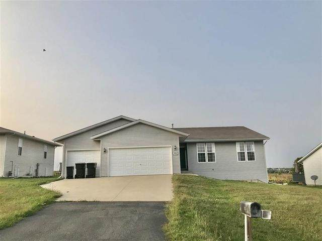 853 Goosedown Drive, Roscoe, IL 61073 (MLS #10861599) :: Property Consultants Realty