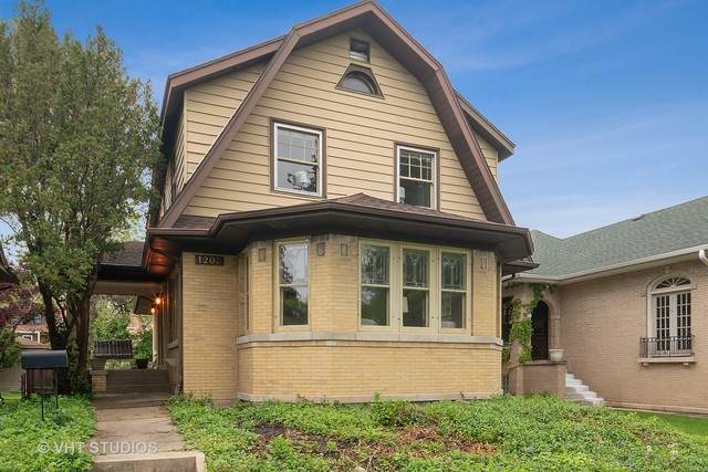 1207 Rossell Avenue, Oak Park, IL 60302 (MLS #10861641) :: Angela Walker Homes Real Estate Group