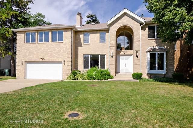 6726 N Keating Avenue, Lincolnwood, IL 60712 (MLS #10861780) :: John Lyons Real Estate