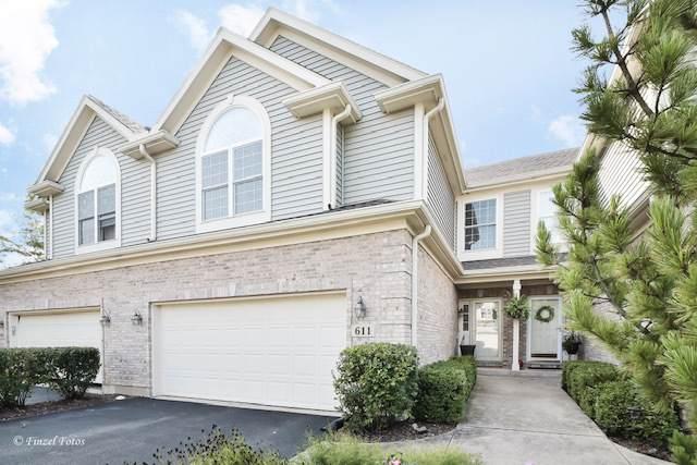 611 Juniper Lane, Lake In The Hills, IL 60156 (MLS #10861783) :: John Lyons Real Estate